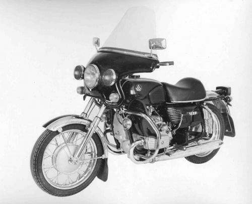 Мотоцикл Днепр Кремлевский b Эскорт /b.