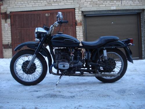 Седло для мотоцикла урал