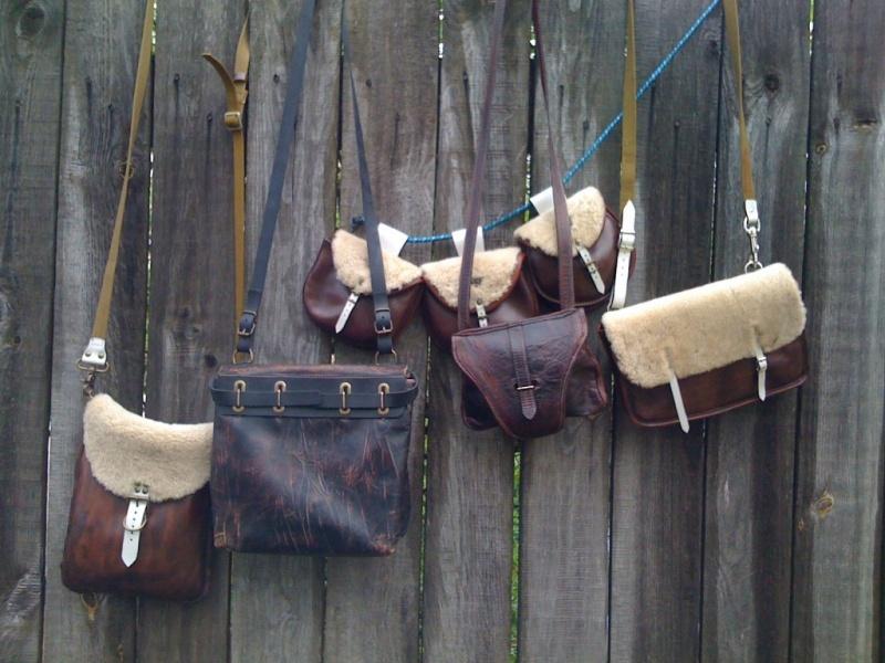 ...дорожные и поясные сумки , сшито в олдовом стиле времен гражданской...