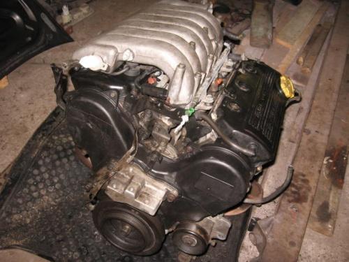 Двигатель от Dodge Stratus 2.5