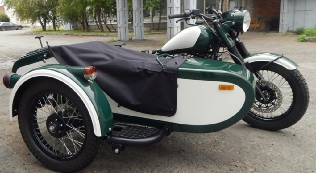 ural_retro_green-white