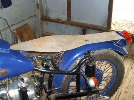 Как сделать сиденье на мотоцикл своими руками